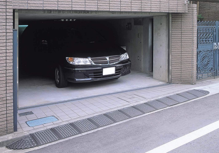 駐車場 施工例 キャスコーナー